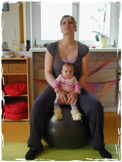 Mutter_Baby_Yoga3_web_klein